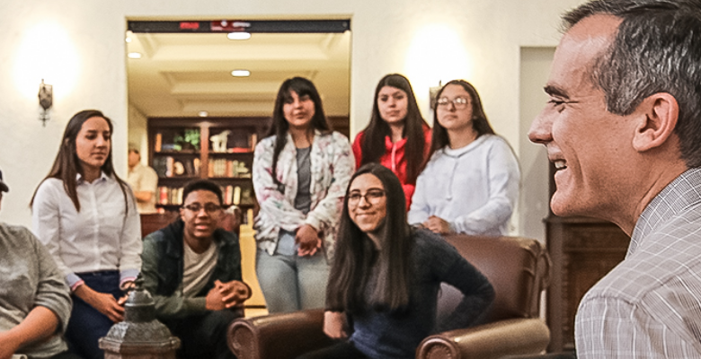 Mayor's Youth Council Program Deadline Extended